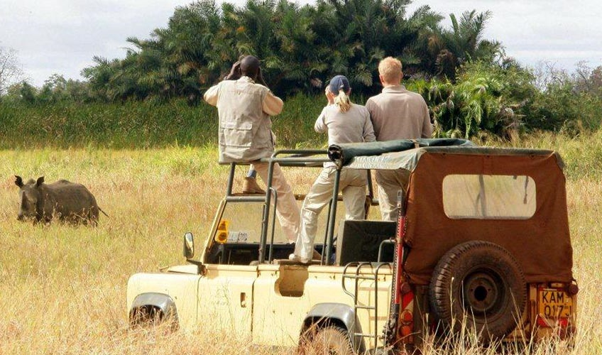 uganda safaris review where to stay what to do cost. Black Bedroom Furniture Sets. Home Design Ideas