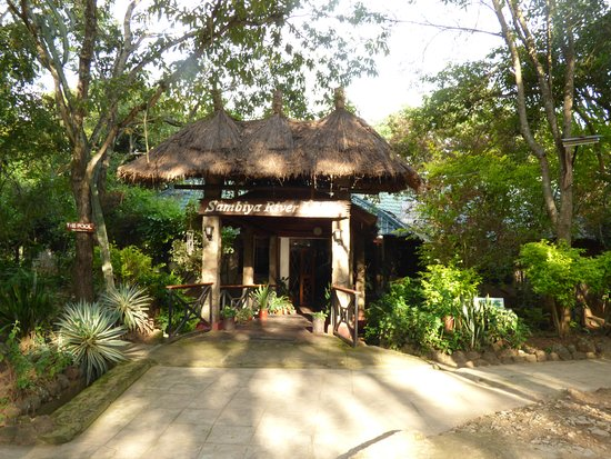 Lodges in Murchison Falls